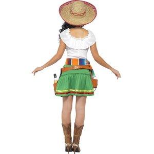Mexikanische Tequila Trinkerin