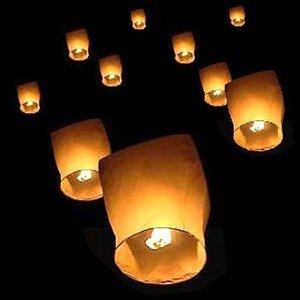 3 lanternes célestes