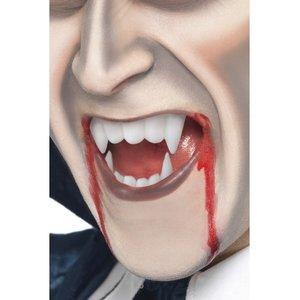 Vampiro con Sangue finto