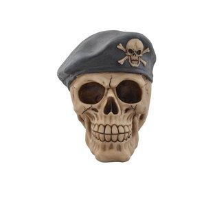 Totenkopf Soldat mit Béret