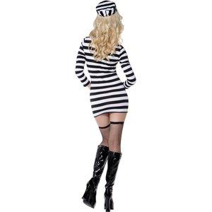 Sexy Sträflingsfrau