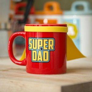 Super Dad mit Cape