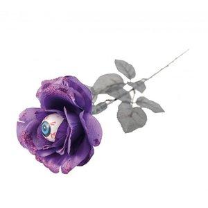 Fleur lilas avec globe oculaire